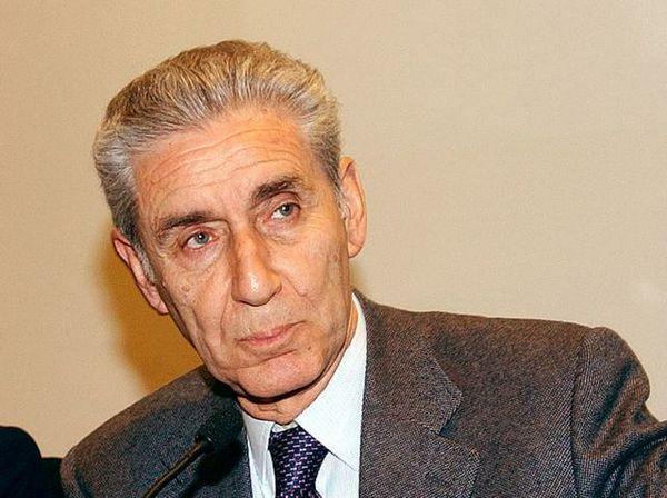 Gabanelli un escamotage per Rodotà. Sarà lui il Pres.